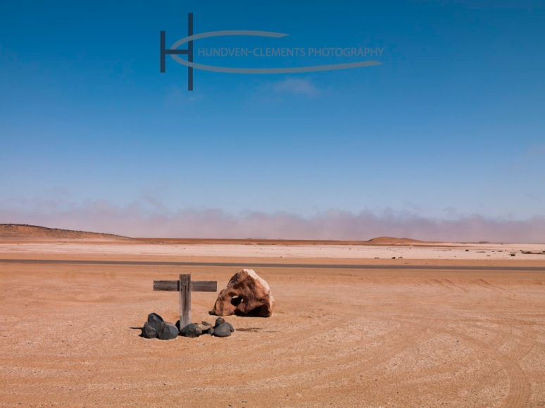 Karl Holtz Grave 1999, Skeleton Coast, Between Henties Baai and