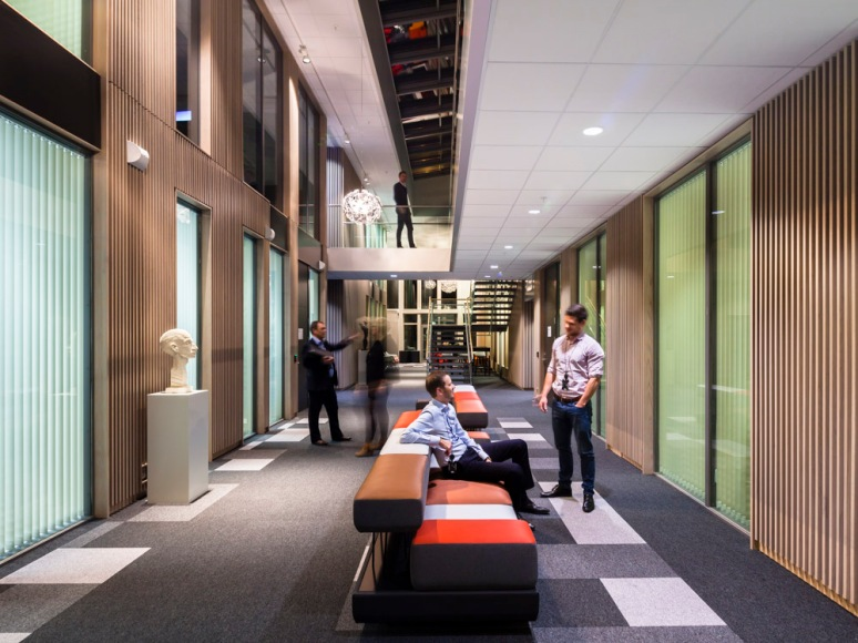 A wide multi level open plan atrium encourages idea exchanges and spontaneous meetings.