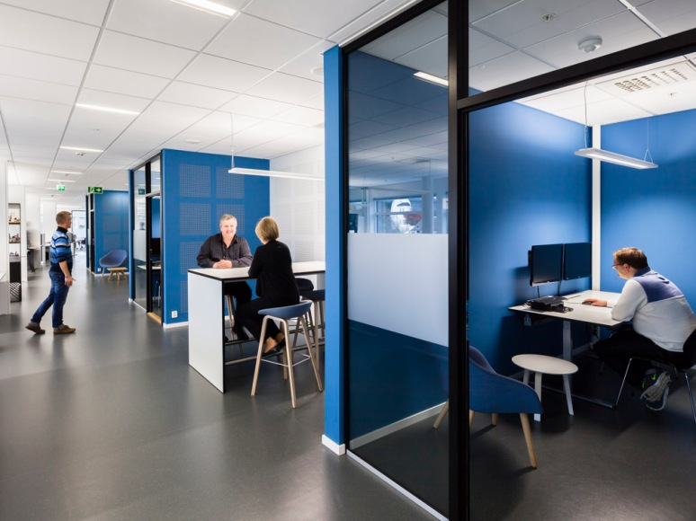 Multifunctional break out spaces allow for an evolving office environment.