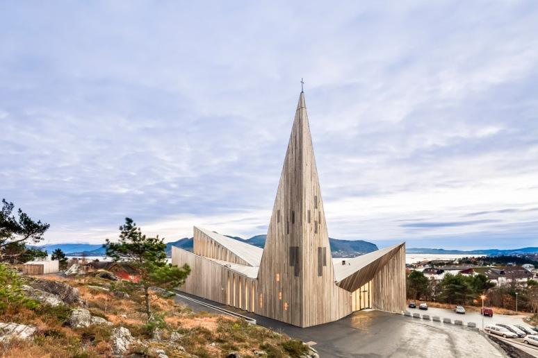 Frontal view of Knarvik Church / Knarvik Kirke, Norway designed by Reiulf Ramstad Arkitekter.