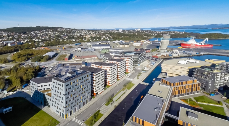 Aerial view of Seaview designed by Link Arkitektur, photgraphed by Hundven-Clements Photography.